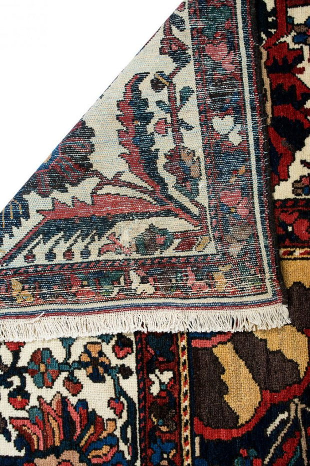 Lilla Rugs PERU Persian Bakhtiar Antique 548x396cm