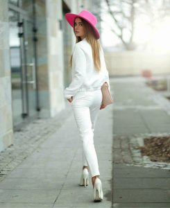Luz De Ibiza luz-de-ibiza-white-look-with-a-hat-245x300 This Summer add a hat to your look Summer Collection  summer looks stylish summer looks hats