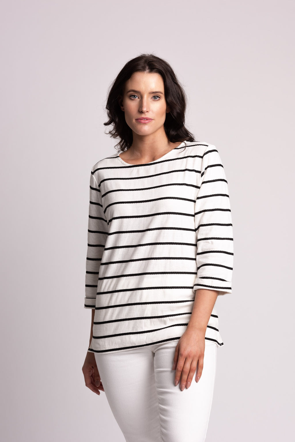TEXTURED STRIPE TOP WITH 3/4 SLEEVE