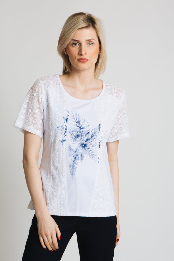 Stretch lace and jersey tee with placement print on front panel. Round neck, short sleeve, classic fit.
