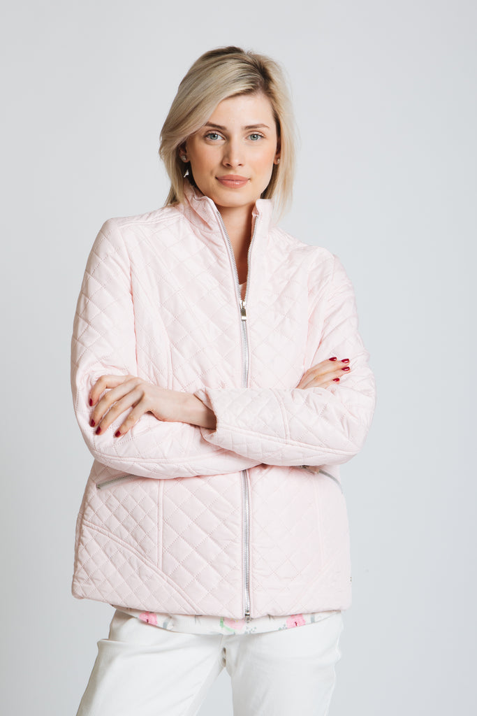 Classic , lightly padded embossed diamond, jacket with exposed front zip. Standard fit