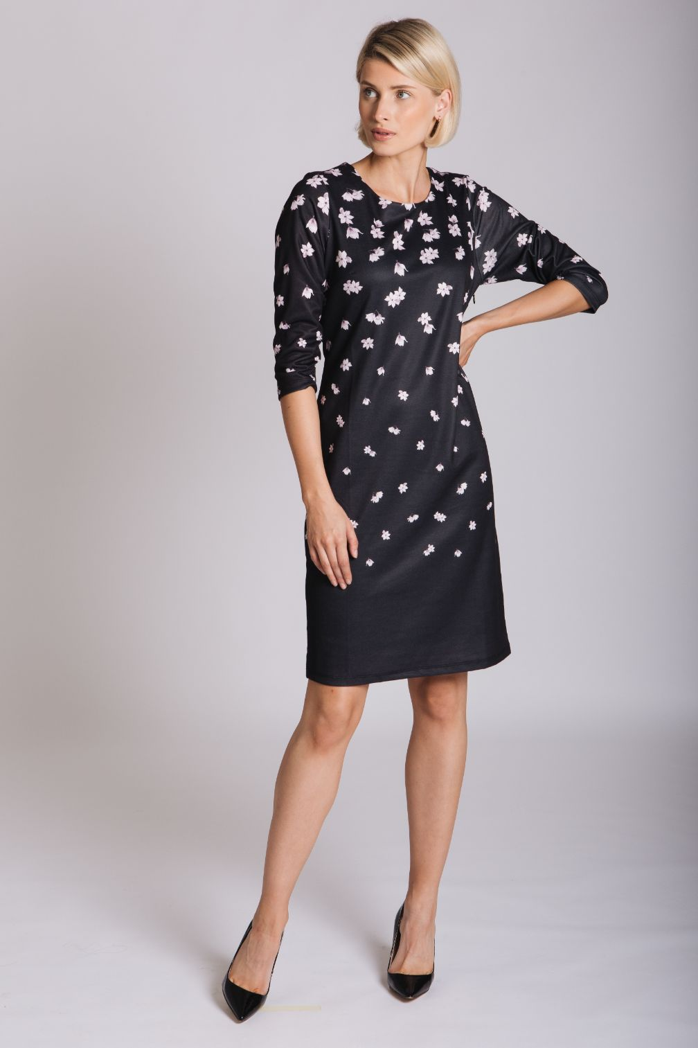Black Falling Flowers Print Dress