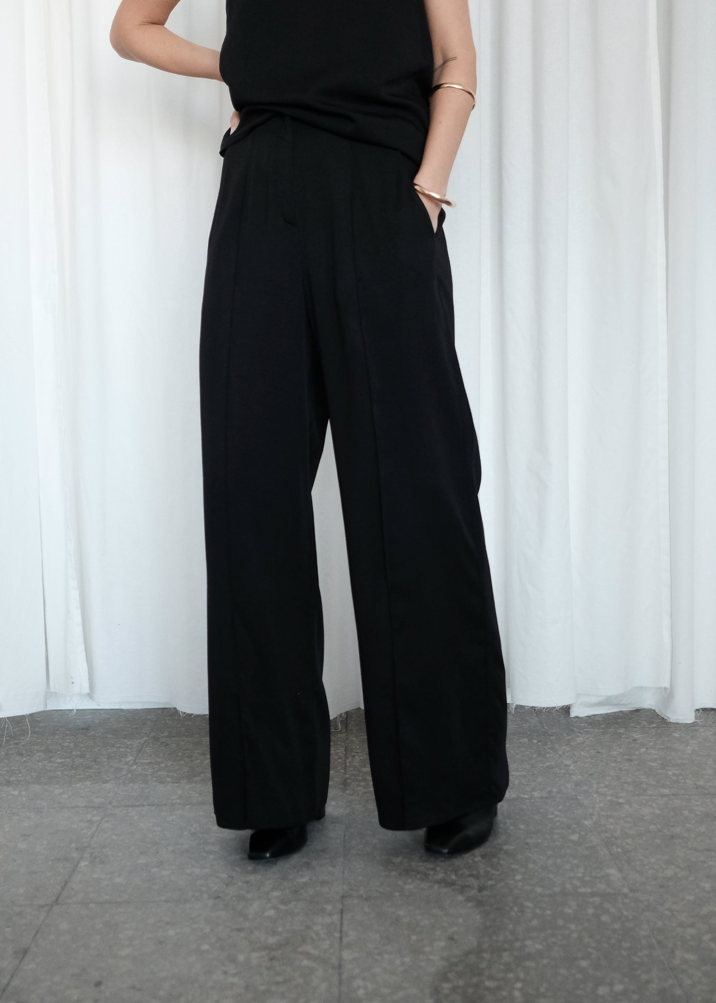 AMINA pants black