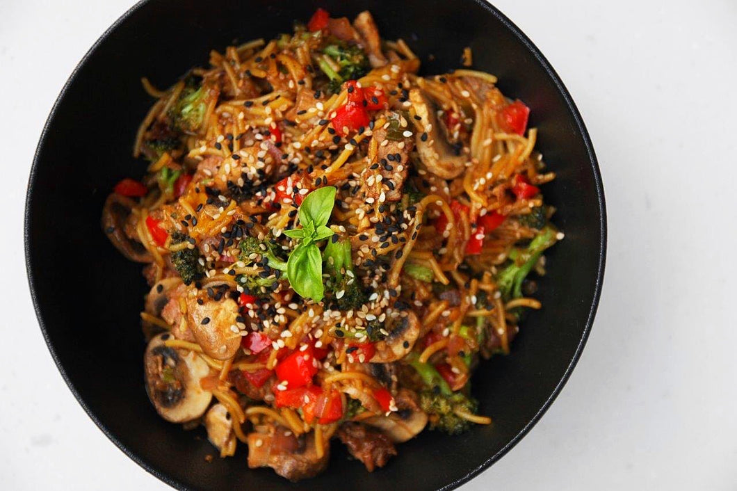 STEAK & TERIYAKI NOODLES