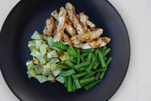 Load image into Gallery viewer, CHICKEN, GREEN BEANS & SIDE