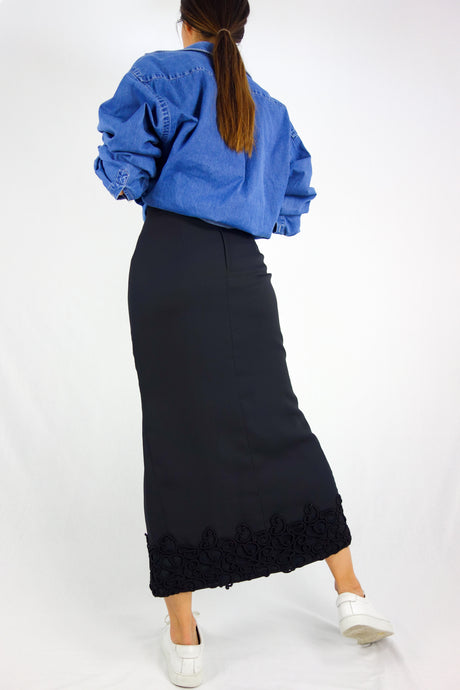 Maxi skirt with front slit