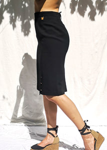 STRAIGHT BLACK SKIRT