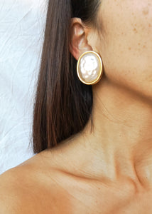 Vintage Pearly Earrings