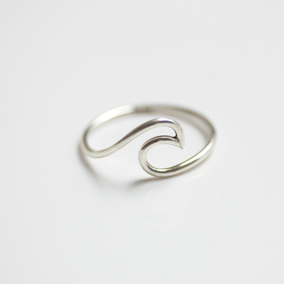 Wave Ring-Embrace Collection