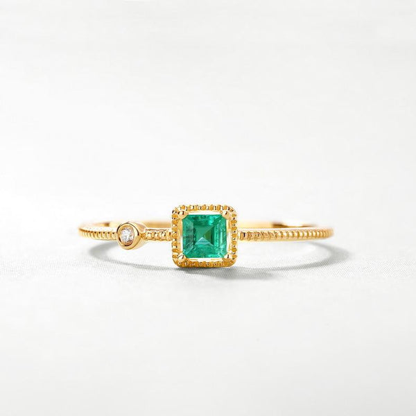 Solitaire Emerald Cubic Zirconia Delicate Dainty Ring in 14K Gold Factory Wholesale R2R1G11027