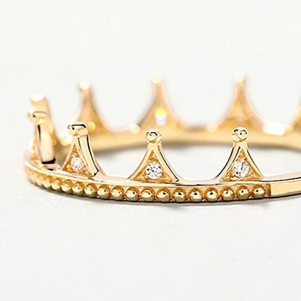 Cubic Zirconia Little Queen Small Crown Dainty Ring in 14K Gold Factory Wholesale R2R1G11039