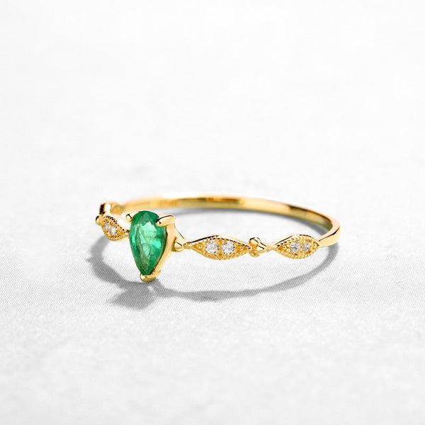 Solitaire Emerald Cubic Zirconia Accent Patterned Dainty Ring in 14K Gold Factory Wholesale R2R1G11056