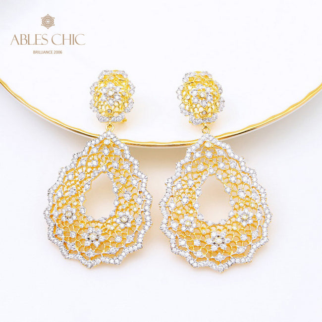Solid 925 Silver Wedding Lace Pattern Chanderlier Earrings 18K Gold Tone CZ Paved Stud Earring Premium Bridal Fine Jewelry Wholesale China