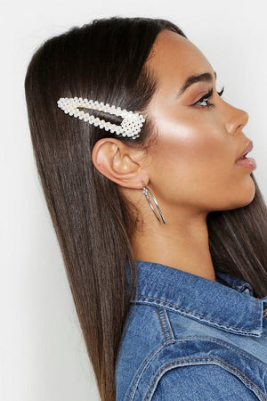 Lexi Bloom Pearl Design Oversized Hair Clip-Woven Trends