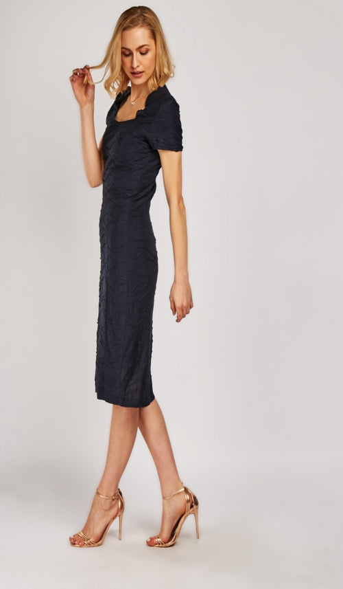 Sandy Sweetheart Neckline Midi Dress-Woven Trends
