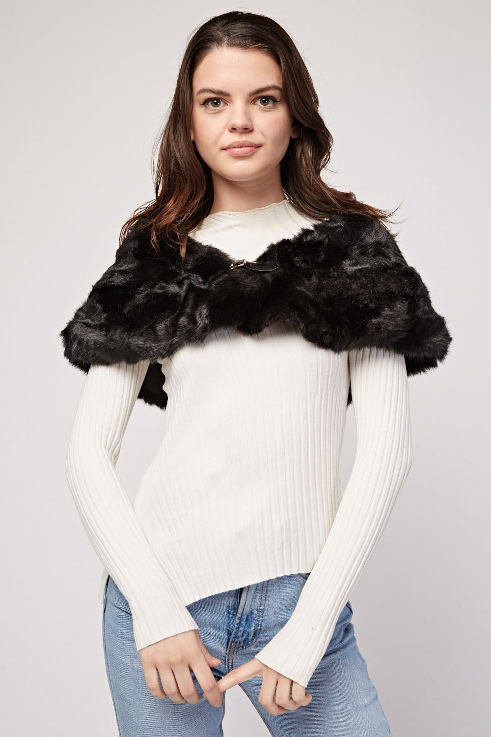 Akosua Buckle Style Collar Faux Fur Snood - Woven Trends