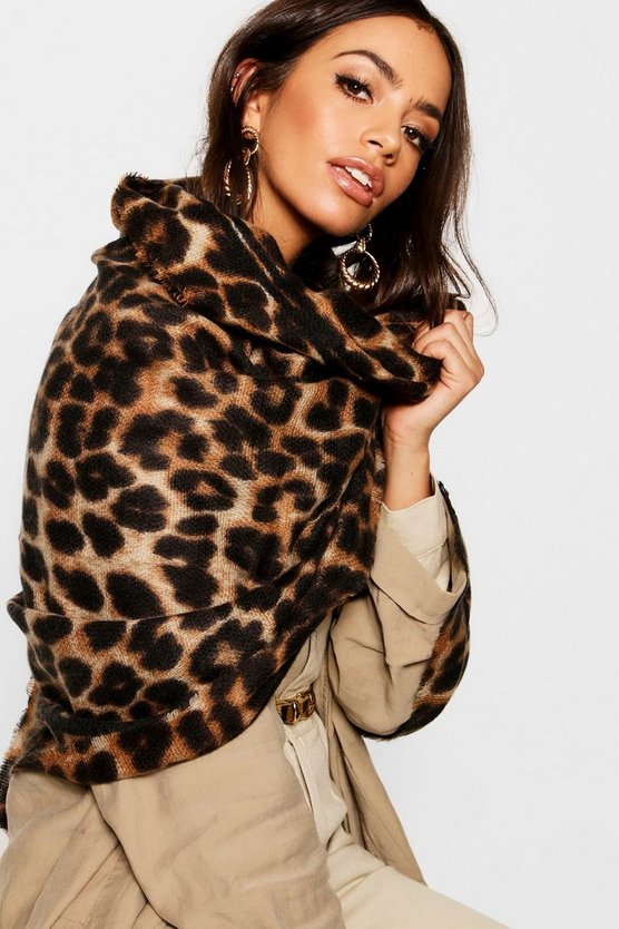 Cassie Leopard Print Oversized Blanket Scarf - Woven Trends