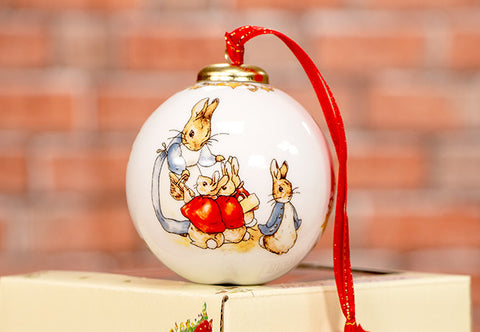 The Peter Rabbit and Friends Christmas Bauble - Collectology
