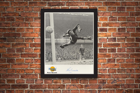 The Peter Bonetti Signed Framed Photograph - Collectology