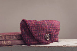 Horsley tweed glasses case