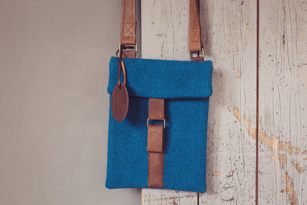 Small Cross-Body Tweed Bag