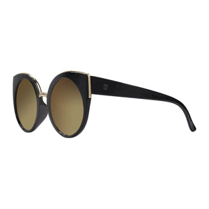 Robin Ruth catty cat eye sunglasses in profile