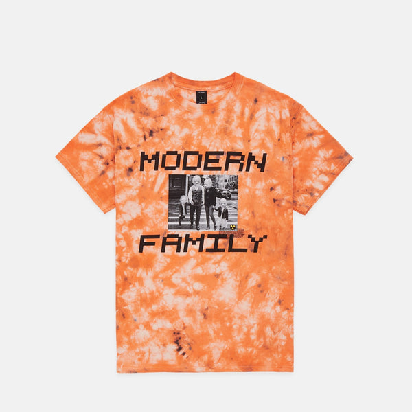NUCLEAR FAMILY S/S