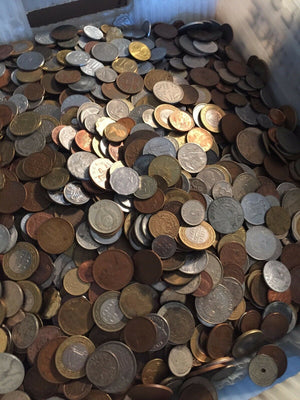 Bulk Lot of 100 Worldwide Coins- U.S. Shipping Only