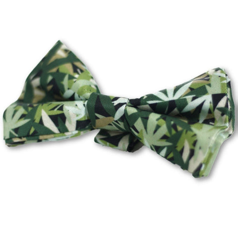 HeadyPet Weed Camo Print Bow Tie for Pets