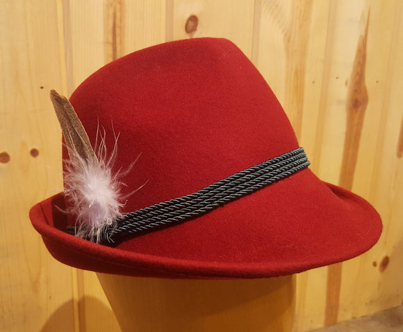 Französin Hat (Fine French Alpine Hat with feather)