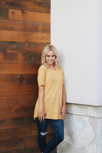 THE HALEY TEE IN GOLD