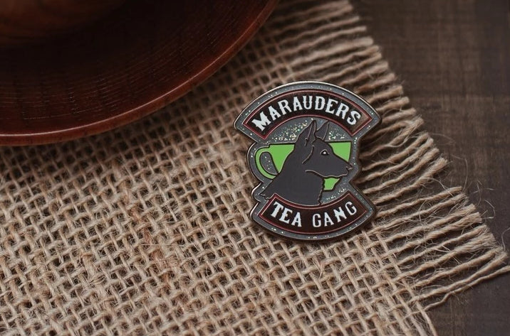 Marauders Padfoot Enamel Pin; Clutch back fastener