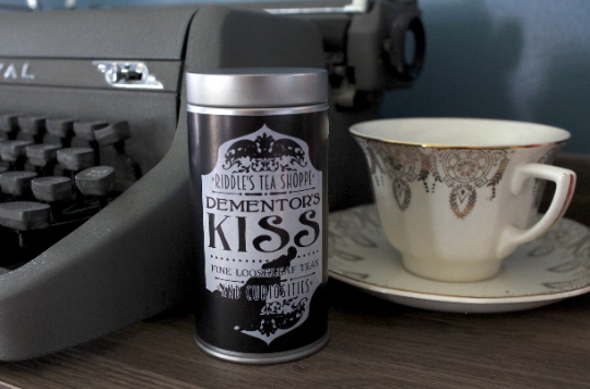 Dementor's Kiss Deluxe Tea Tin