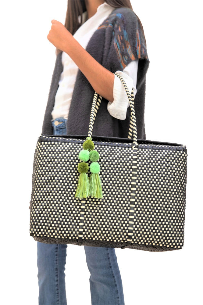 Load image into Gallery viewer, Bombon Tote Black / Bone