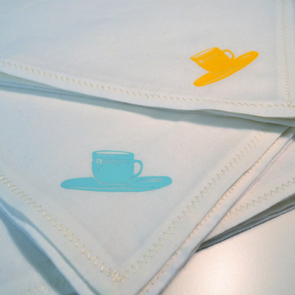 Handmade Cotton Napkins with Heat Transfer Vinyl - DIY Simple Cloth Napkins