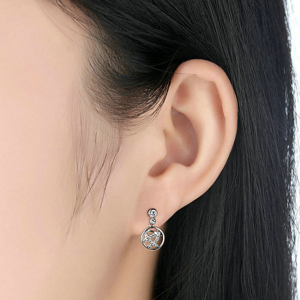 Idle Class Drop Earrings
