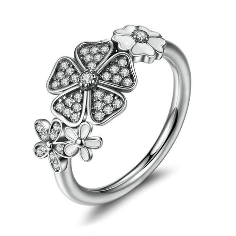 The White Garden Ring