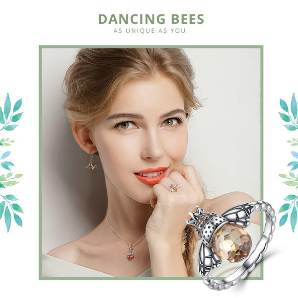 Bee Queen Finger Ring
