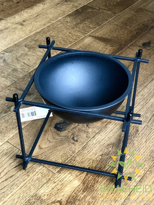 Black Pot Bowl Stand