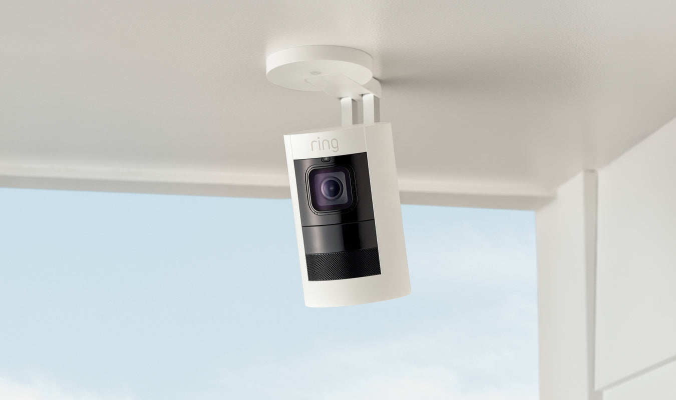 Battery-powered indoor/outdoor HD camera with two-way talk, night vision, a siren and versatile mounting options