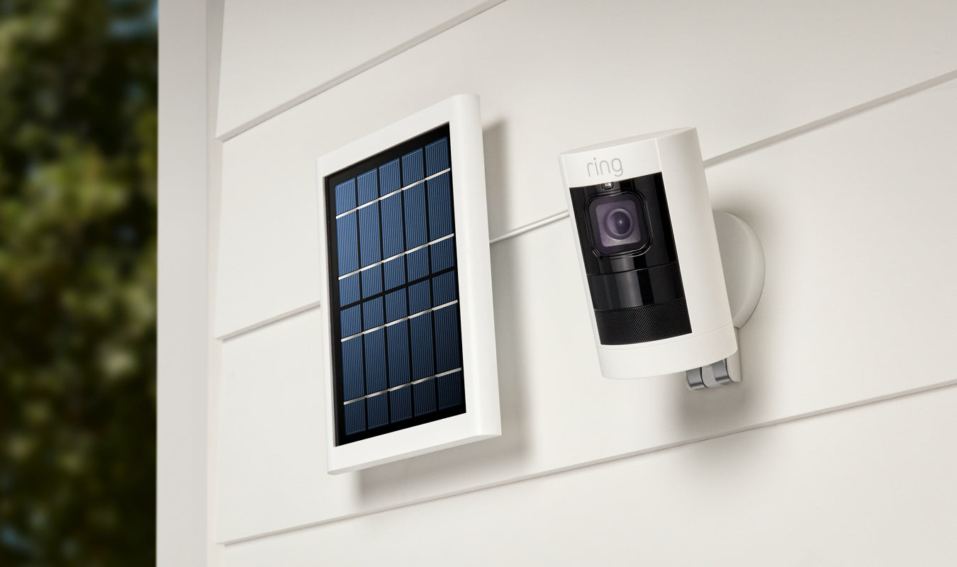 Solar-powered indoor/outdoor HD camera with two-way talk, versatile mounting options, night vision, a siren and a battery pack.