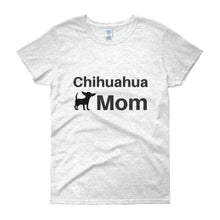 Chihuahua Mom Women's T-Shirt