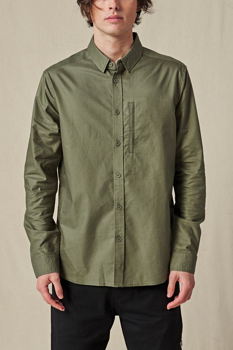 Globe SHIRTS Foundation LS Shirt in Olive