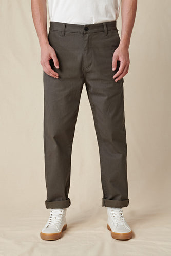 Globe PANTS Foundation Pant in Forest