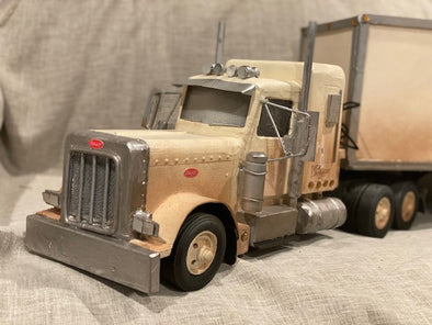 Peterbuilt Tractor & Trailer Set