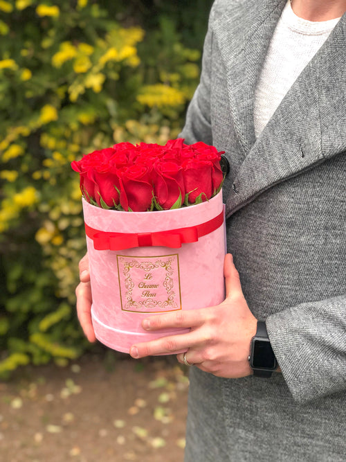 Small Round Box with Fresh Cut Roses