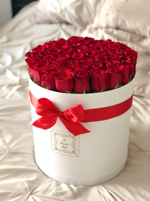 Large Round Box with Fresh Cut Roses