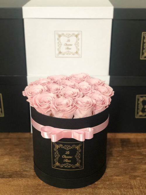 Small Round Box with Real Long Lasting Roses