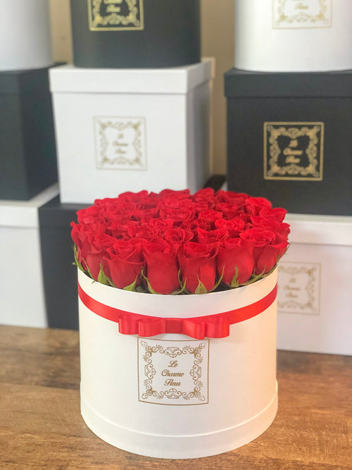 Medium Round Box-35 Fresh Cut Roses