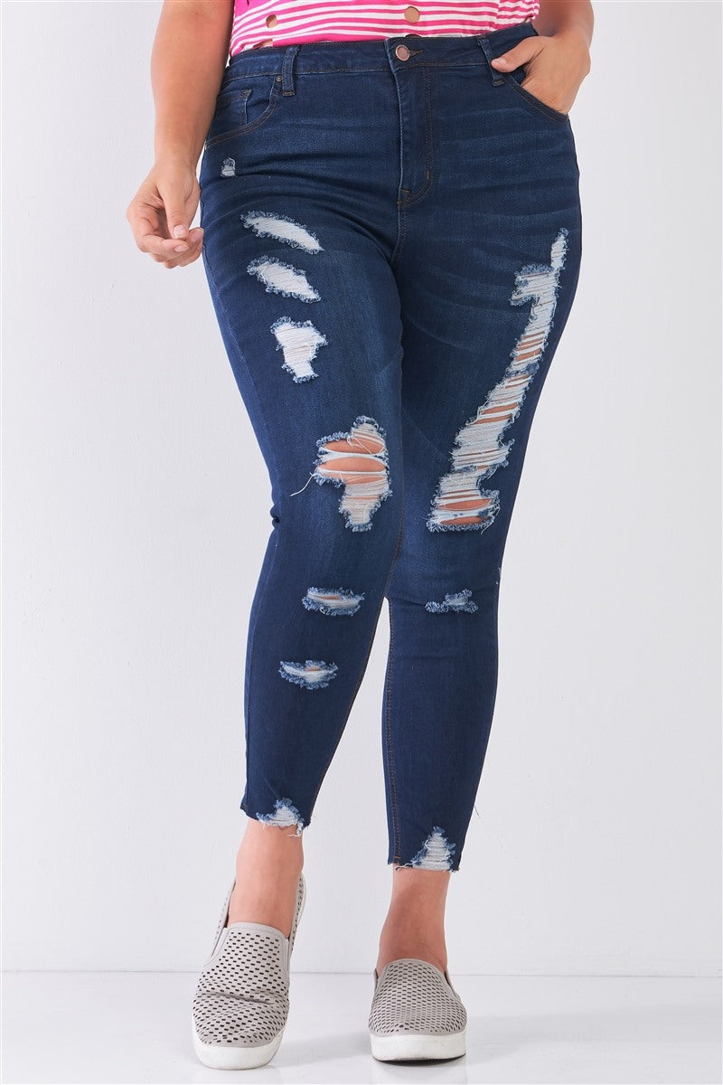 Raw Hem Distressed Skinny Jeans in Dark Wash